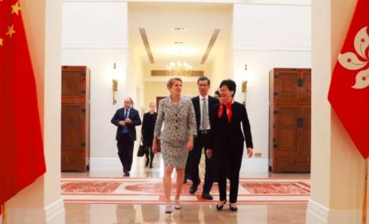 女省长见女特首,香港企业增资安大略三亿五千万