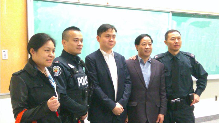 Safety seminar for Chinese visa student 多伦多警局及加拿大中国总使馆留学生安全讲座