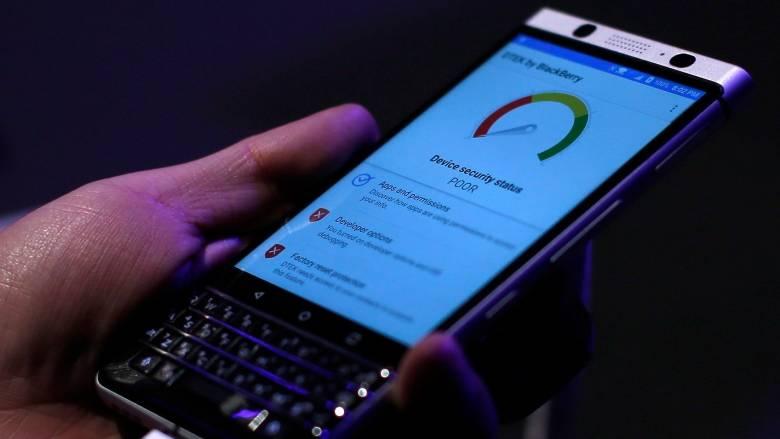 2017年黑莓手机只占加拿大智能手机市场份额的3%BlackBerrys made up only 3% of smartphones used in Canada at end of 2017