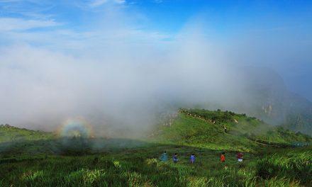 亿年壶穴冰臼奇观——福建福安市白云山